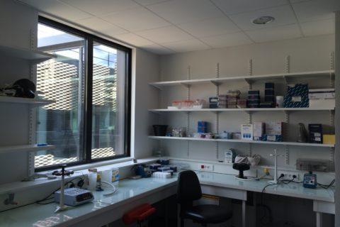 Fabrication de mobilier pour professionnels à Jouy en Josas Client Inra centre de recherche