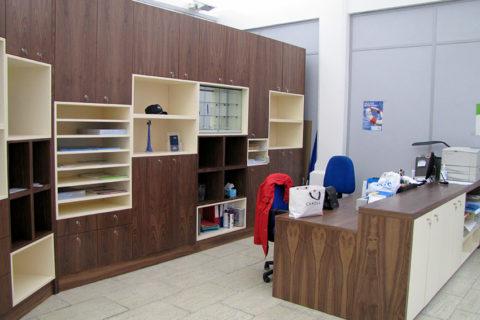 Fabrication de mobilier pour professionnels à Pantin client CFTC